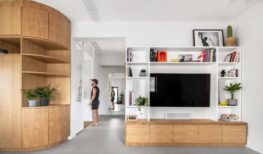 73㎡露台公寓温润木+净白,这样的才算和谐!