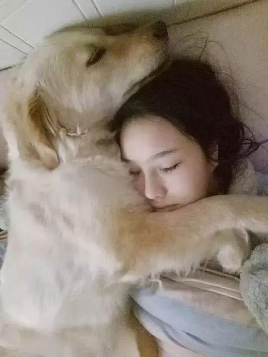 狗又不会说话,你怎么知道它爱你?