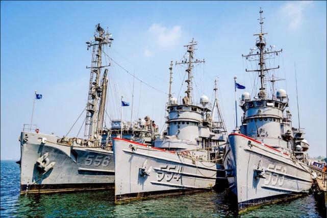 """台军方宣称:美售台潜舰战斗和声纳系统两项""""红区装备"""",明年一月可取得"""